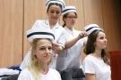 Czepkowanie absolwentek i absolwentów na kierunku pielęgniarstwo [16].jpg