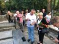 W pętli Uroborosa i Eskulapa. Groby słynnych medyków i farmaceutów na Starych Powązkach_2.jpg
