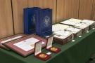 Dyplomatorium Wydziału Farmaceutycznego z Oddziałem Medycyny Laboratoryjnej WUM 01.jpg