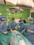 Wspólna operacja specjalistów WUM i Collegium Medicum UJ.jpg