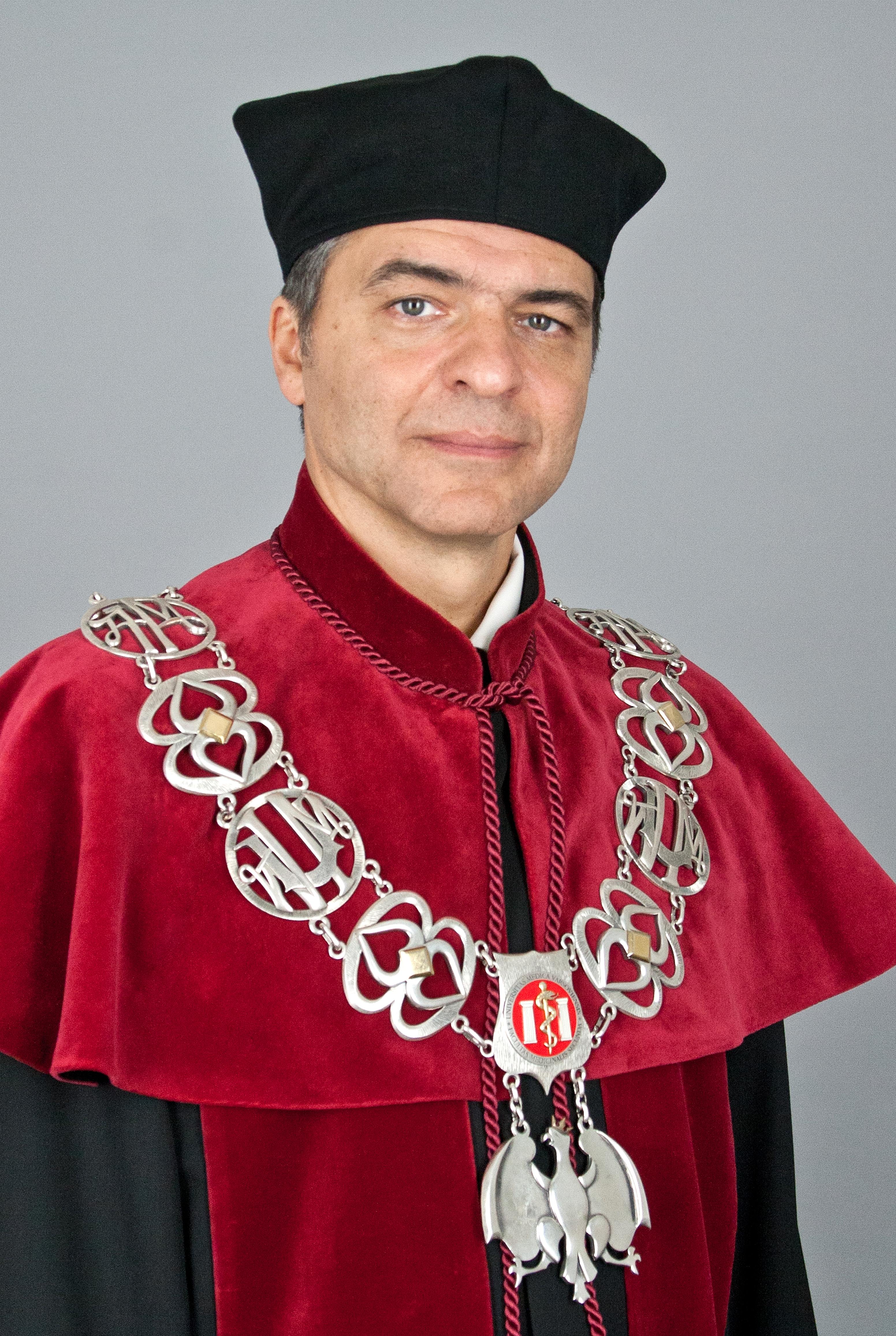 Marek Kuch, Dean